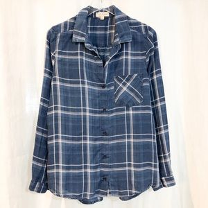 Cloth & Stone / blue chambray plaid button-down